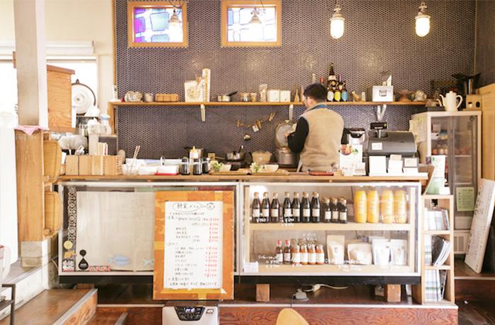 img_cafe-restaurant-cobakaba_02